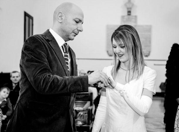 Matrimonio al municipio di Ravenna, scambio degli anelli