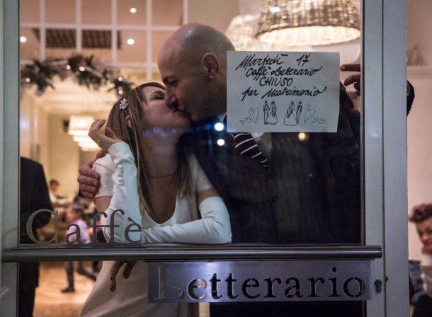 Foto sposi Caffè Letterario