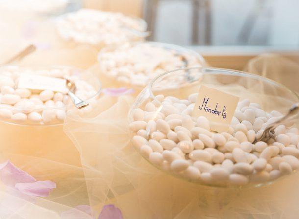 Matrimonio foto confetti